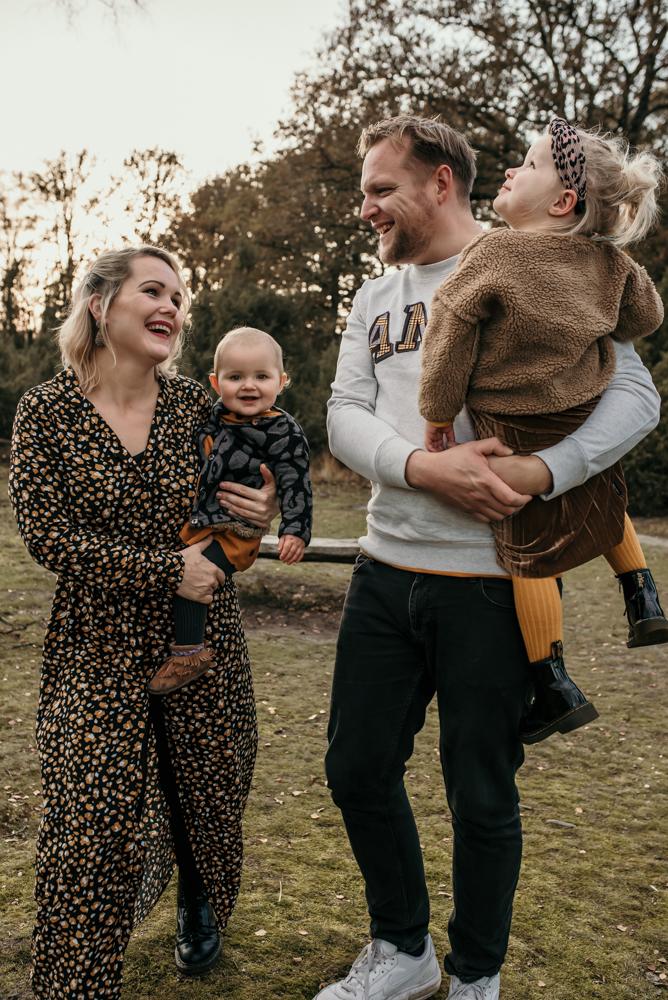 Familie fotoshoot buiten Buurserzand