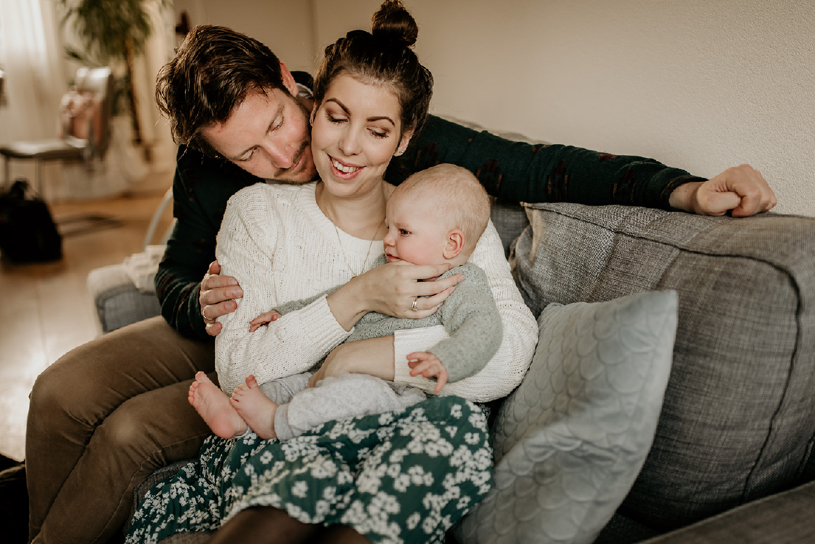 Fotoshootings met baby en ouders binnen